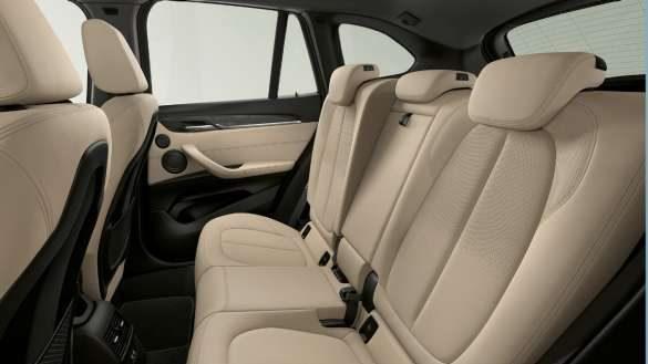 BMW X1 verstellbare Fondsitze