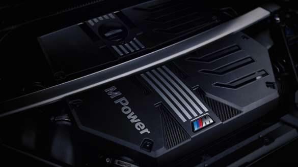 BMW M TwinPower Turbo Reihen-6-Zylinder Benzinmotor BMW X4 M F98 LCI Facelift 2021 Nahaufnahme